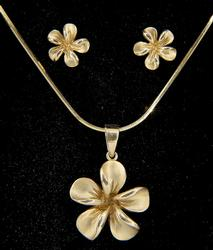 14KT Yellow Gold Plumeria Necklace and Earring Set