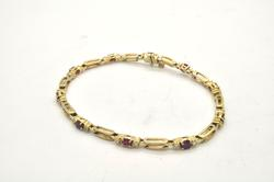 LADIES 14 KT YELLOW GOLD DIAMOND AND RUBY BRACELET