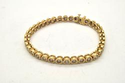 LADIES 14 KT YELLOW GOLD DIAMOND TENNIS BRACELET