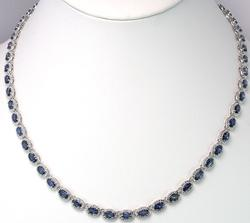 Beautiful & Dazzling Tanzanite & Diamond Necklace