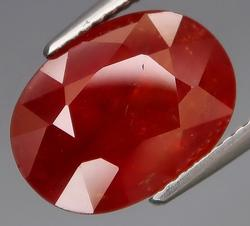 Huge 7.63ct rich red orange Spessatite Garnet