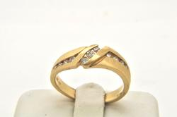 MENS 14 KT YELLOW GOLD DIAMOND BAND / RING