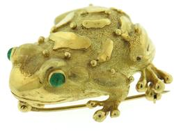Handsome 18kt Marlene Stowe Frog Pin w Emerald Eyes