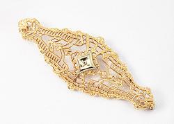 Vintage Yellow Gold Filigree Brooch
