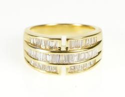 18K Yellow Gold Flashy Diamond Baguette Fashion Graduated Ring
