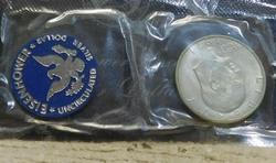 1971-S Silver (40%) Unc Ike Dol, Gov pkg, Blue Ike