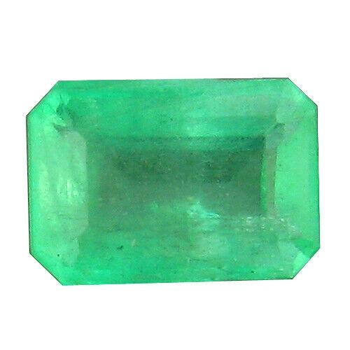 Awesome .94ct transparent Colombian Emerald