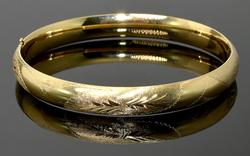 Hinged Etched Bangle Bracelet in 14KT Yellow Gold