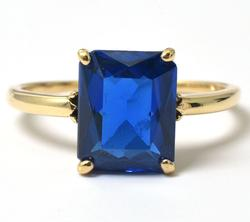 Vintage Synth Sapphire Ring in Yellow Gold