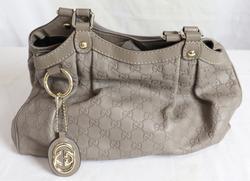 Designer Gucci Signature Su Key Tote Bag