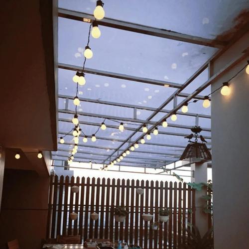 6M Warm White LED Outdoor Globe String Light 20 Bulbs