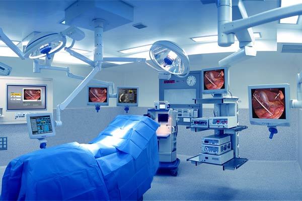 Quirófano-listo-para-una-cirugía.expand