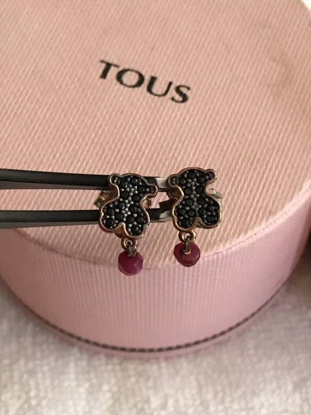 e68406444 RED! Super Reduced! Tous Motif Black Spinel and Ruby Bear Stud ...