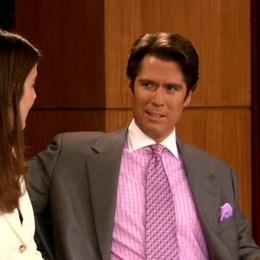 """El actor que interpreta en la serie a """"Sandy Rivers"""", en la vida real es esposo de... - ¿Qué tanto sabes de How I Met Your Mother?"""
