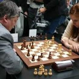 ¿Anatoli Kárpov o Judit Polgar? - Oh My GAT xD (Test familiar brother.)