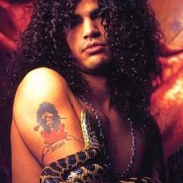 ¿Cual era el modelo de la Guitarra de Slash, Durante los primeros shows en Guns N' Roses? - FanTest Guns 'N Roses