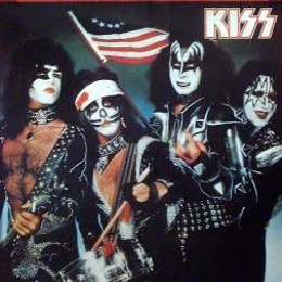 Cuanto sabes de KISS? Que miembro de KISS no nació en EUA?