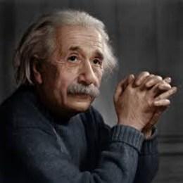 ¿Qué tipo de persona no sabe quién es? - ¿Puedes reconocer a estos científicos famosos?
