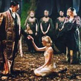 Cuando es el bautismo oscuro de Sabrina?? - El mundo oculto de sabrina