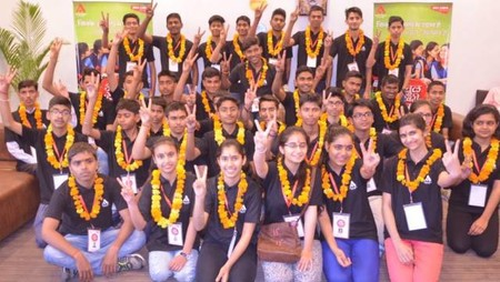 अतुल माहेश्वरी छात्रवृत्ति परीक्षा में उत्तीर्ण हुए विद्यार्थियों का स्वागत।