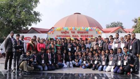 अतुल माहेश्वरी छात्रवृत्ति-2018 के विजेताओं ने किया भारतीय रेल संग्रहालय का भ्रमण