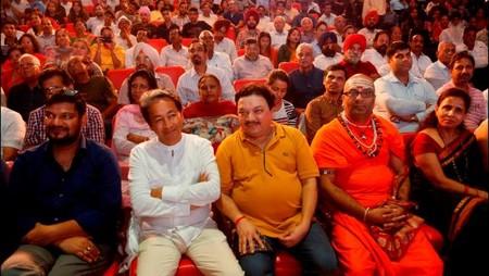 चंडीगढ़ पीजीआई के भार्गव ऑडिटोरियम में आयोजित नज़रिया- जो जीवन बदल दे कार्यक्रम में मौजूद लोग