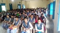 चित्रकूट के महापति प्राणनाथ महाविद्यालय में आयोजित पुलिस की पाठशाला में मौजूद विद्यार्थी।