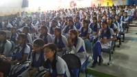 सीतापुर केलखनऊ पब्लिक स्कूल में आयोजित पुलिस की पाठशाला में मौजूद विद्यार्थी।