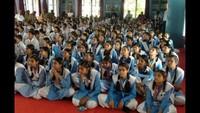 पीडीडीयू नगर में आयोजित पुलिस की पाठशाला में मौजूद विद्यार्थी।
