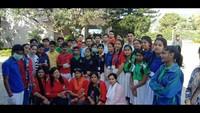 हल्द्वानी के अमरावती कॉलोनी में आयोजित सफाई अभियान में मौजूद सेक्रेड हार्ट स्कूल के विद्यार्थी एवं संस्था के सदस्य।