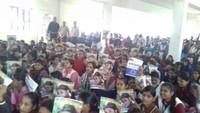 मिर्जापुर के कछवां स्थित विंध्य महिला महाविद्यालय में आयोजित बाल फिल्म महोत्सव में बाल फिल्म देखतीं छात्राएं