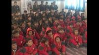 नरायनपुर, मिर्जापुर के सनबीम एकेडमी, नॉलेज पार्क में आयोजित बाल फिल्म महोत्सव में फिल्म देखते बच्चे
