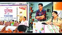 चंडीगढ़ केसेक्टर-41 ए स्थित गवर्नमेंट मॉडल हाई स्कूल मेंआयोजित पुलिस की पाठशाला में बच्चों को संबोधित करती एसएसपी जगादले