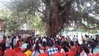 अलीगढ़ केजवाहर भवन में पर्यावरण दिवस पर आयोजित जागरूकता कार्यक्रम में मौजूद लोग