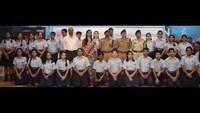 कानपुर केसर पदमपति सिंघानिया एजुकेशन सेंटर में आयोजित पुलिस की पाठशाला में मौजूद अधिकारी, शिक्षक एवं विद्यार्थी