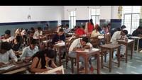 अतुल माहेश्वरी छात्रवृत्ति-2019 की परीक्षा देते विद्यार्थी