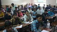 अतुल माहेश्वरी छात्रवृत्ति- 2019 की परीक्षा देते विद्यार्थी
