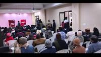गाजियाबाद के राजनगर एक्सटेंशन स्थित गुलमोहर गार्डन में आयोजित पुलिस की चौपाल में मौजूद स्थानीय लोग