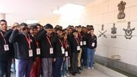 अतुल माहेश्वरी छात्रवृत्ति- 2019 के विजेताओं ने वॉर मेमोरियल में शहीदों को अंतर्मन से श्रद्धांजलि अर्पित की और नमन किया।