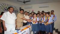 कानपुरके हीरालाल इंटरनेशनल स्कूल में हुई पुलिस की पाठशाला