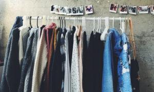 menjual pakaian preloved
