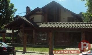 Casa Comercial em Gramado, bairro Centro