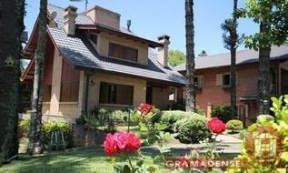 Casa em Gramado, bairro Bavária