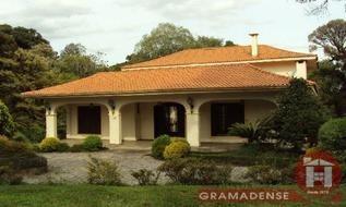 Casa em Gramado, bairro Ipê Amarelo