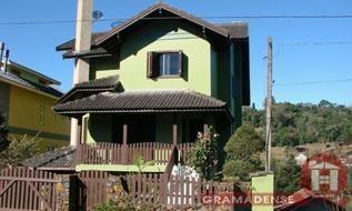 Casa em Gramado, bairro Piratini
