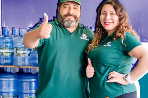 Ganadora de Impulso Chileno construyó su propia planta de agua y hoy vende...
