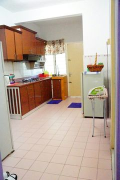Dahlia homestay kitchen