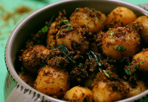 Chettinad baby potato roast indian recipes vegetarian ifn india food network india recipeslunchveg lunchdinnerveg dinner forumfinder Gallery