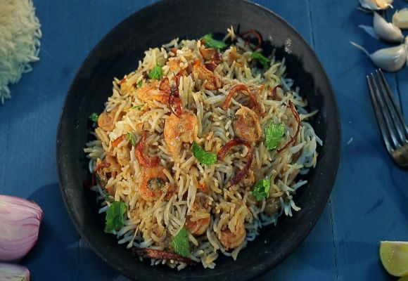 Kolambi biryani indian recipes ifn india food network india recipeslunchdinnernon veg lunchregional lunchnon veg dinnerregional dinner forumfinder Image collections