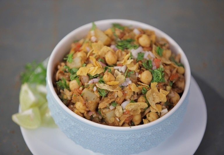 Kabuli Chana Chaat Recipe in Tamil with Aloo